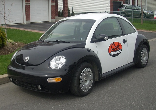 Volkswagen_New_Beetle_Geek_Squad